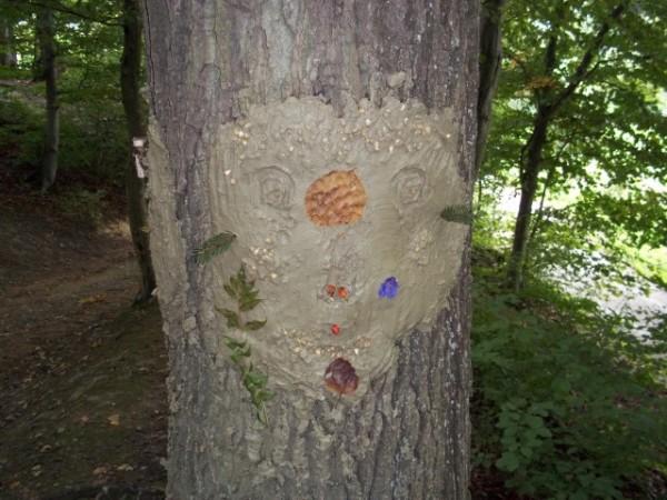 "Aktion ""Wald der Gesichter"" am 16. September 2017"